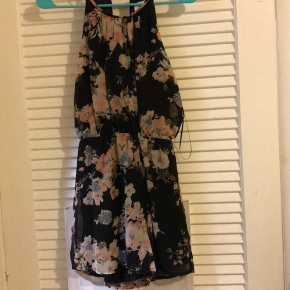 Sienna Sky Pants - Romper Size Small